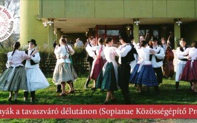 Mácsonyák a tavaszváró délutánon (Sopianae Közösségépítő Program) 2019. március 21.