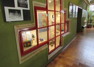 NTP-MOI-15-0019_Kiállítás vitrin_2